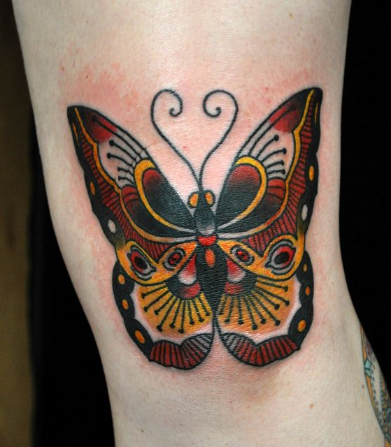 19 Knee Tattoo Designs Images And Pictures: Butterfly Tattoo On Knee